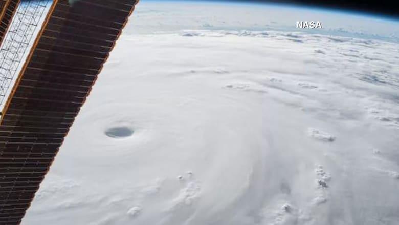 """ليس من أفلام الخيال العلمي.. مشهد مرعب لإعصار """"سوديلور"""" من الفضاء!"""