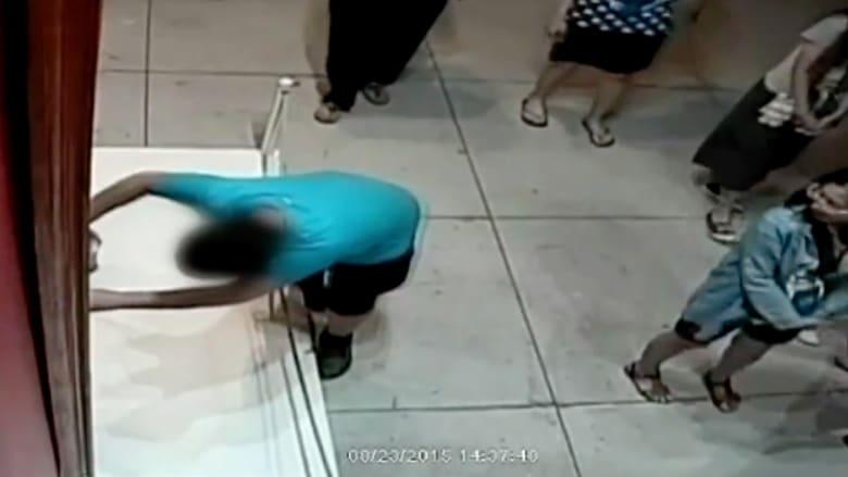 طفل في الـ 12 من عمره يخرب خطأً لوحة فنية عمرها 350 عاماً وقيمتها 1.5 مليون دولار
