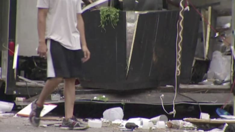 بالفيديو.. انفجار شاحنة طعام بسبب أسطوانة غاز