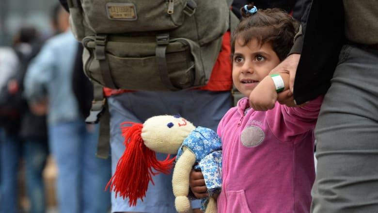 بينما يستمر صمت الأندية العربية.. الرياضة الأوربية تتضامن مع اللاجئين السوريين