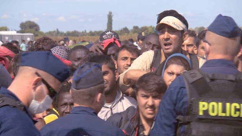 فارون من داعش والأسد على حدود صربيا والمجر.. البشرية في مأزق أخلاقي