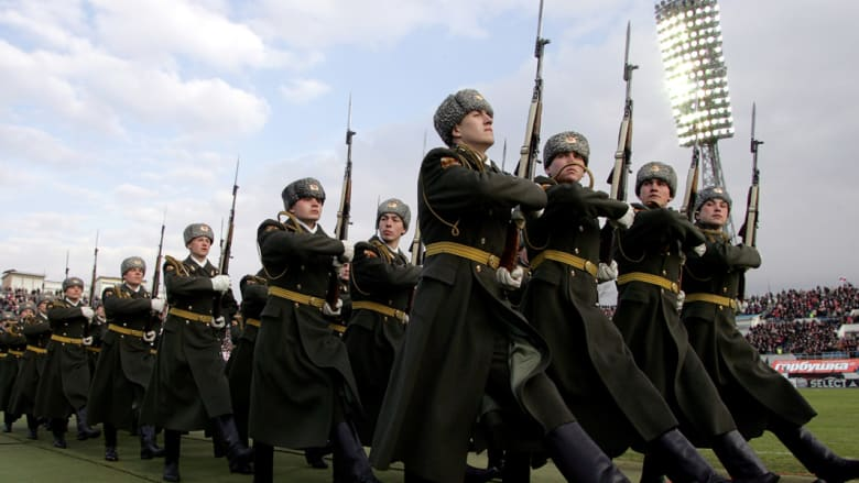 دبلوماسي روسي سابق لـCNN: اقتصادنا لا يسمح بالقتال في سوريا وبوتين يريد جمع الأوراق وداعش يقلقه