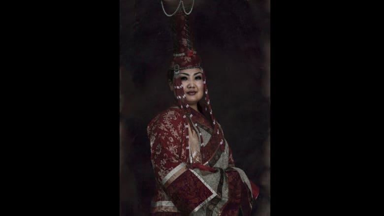 صور بورتريه لمقاتلي منغوليا الأسطوريين تنقل المُشاهد برحلة عبر الزمن
