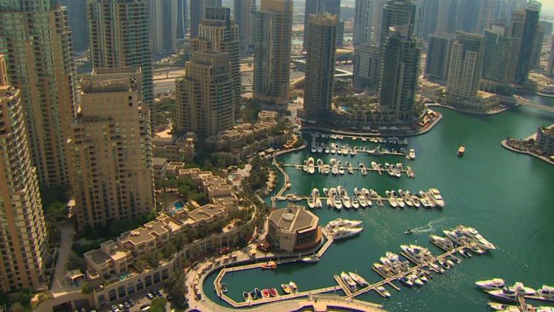 شاب متوسط الدخل يبحث عن سكن مناسب.. هل هذه المشكلة الأكبر عند العرب؟