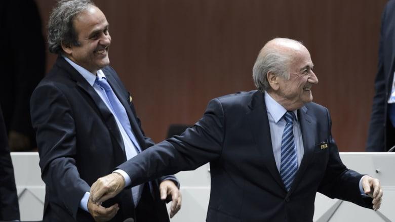 """المدعي العام السويسري يحقق مع بلاتر بتهم فساد بعد فضيحة """"الفيفا"""""""