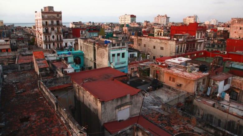 بالصور... كوبا بعد خمسين عاما تعج بالسياح إثر إعادة علاقاتها مع أمريكا