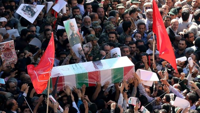 بالصور.. تشييع حسين حمداني الجنرال بالحرس الثوري الإيراني المقتول على أيدي داعش بسوريا