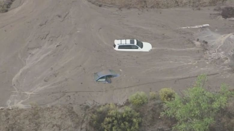 بالفيديو.. انهيار أرضي في كاليفورنيا بسبب الأمطار الغزيرة