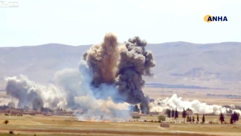 شاهد.. القوة المركزية في استراتيجية أمريكا الجديدة ضد داعش على الجبهة