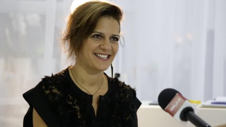 """رولا دفوني: لبنان مصدر إلهامي الأول..أنا """"مودرن"""" وبيئتنا لن نخرج منها"""