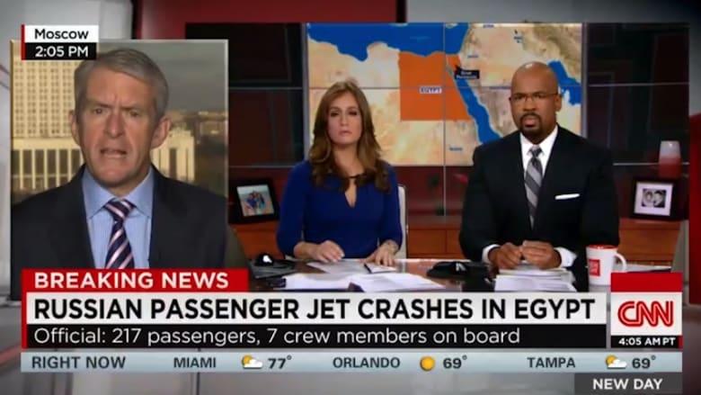 فيديو: البدء بانتشال الجثث من موقع تحطم الطائرة الروسية.. ومقتل كل من كان على متنها