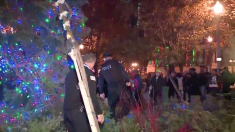 بالفيديو.. استمرار الاحتجاجات في شيكاغو لليوم الثاني على خلفية مقتل شاب أسود برصاص شرطي أبيض