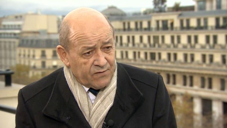وزير الدفاع الفرنسي لـCNN: سندمّر داعش.. ونحتاج لبعضنا البعض وفرنسا ستكثّف غاراتها على التنظيم
