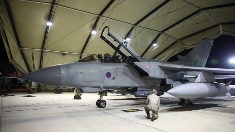 """شاهد بالفيديو.. مقاتلات تورنادو البريطانية تنطلق من قبرص لتضرب حقول نفط لـ""""داعش"""" بسوريا"""