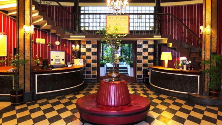 """بالصور... أشهر فندق في تايلاند لا يرحب """"بالسياحة الجنسية"""""""