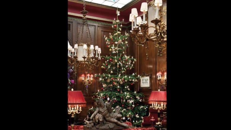 هل ترغبون بالقليل من الخيال والسحر خلال عيد الميلاد؟ أروع 8 فنادق من حول العالم ستحقق أمنياتكم