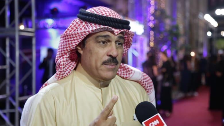 """إبراهيم الحربي من """"السجادة الحمراء"""" لمهرجان """"دبي السينمائي"""": اهتموا بالفن فهو الذي يغير العقول"""