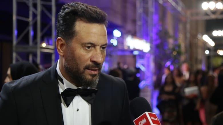 """ماجد المصري من """"السجادة الحمراء"""" لمهرجان """"دبي السينمائي"""": أحلام وأفكار الشباب يجب أن ترى النور"""