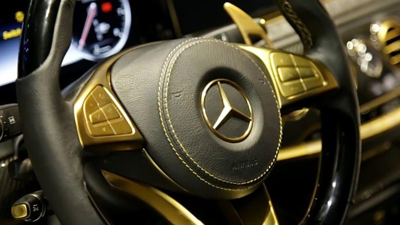 سيارات مطلية بالذهب ومرصعة بالكريستال..هذه أبرز نماذج الرفاهية في دبي