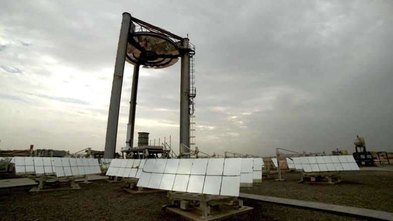 بالفيديو.. جهود في الإمارات للاستفادة من الطاقة الشمسية نهارا.. وليلا أيضا