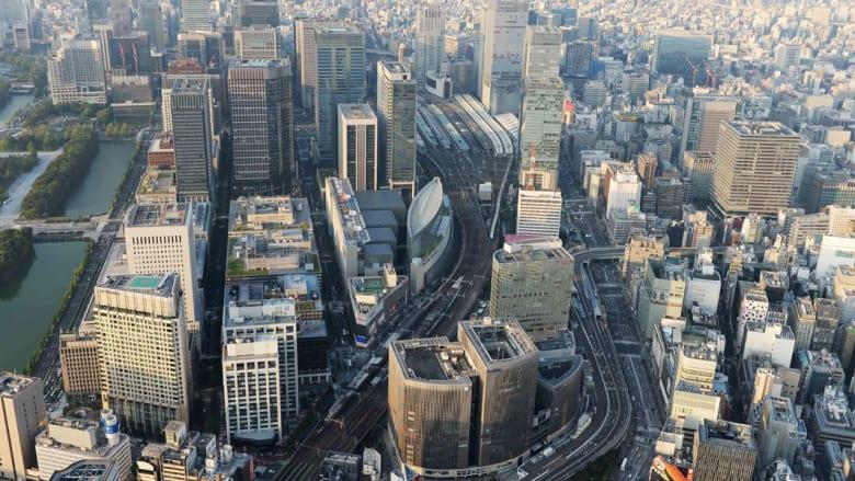 """هل تحلم بتوسيع شركتك إلى نيويورك أو لندن أو هونغ كونغ؟ تعرّف إلى """"أجرة"""" المكاتب هناك"""