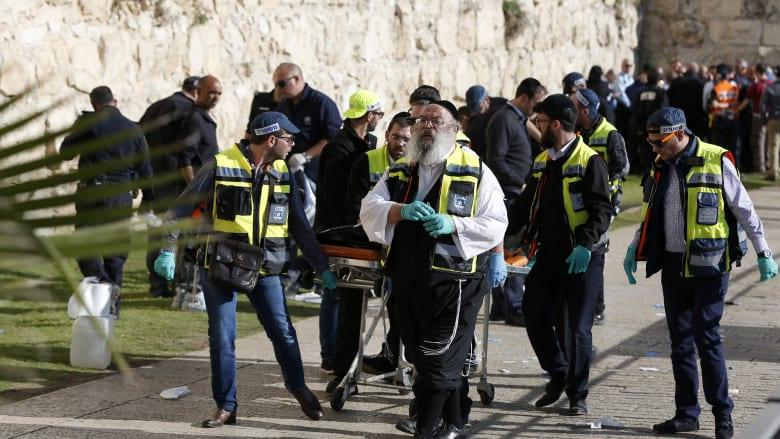 خلال يومين.. مقتل 5 فلسطينيين وإسرائيليين نتيجة عمليات طعن في القدس والضفة الغربية