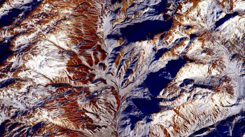 هل تساءلت يوماً كيف تبدو مصر من الفضاء؟ شاهدها هنا