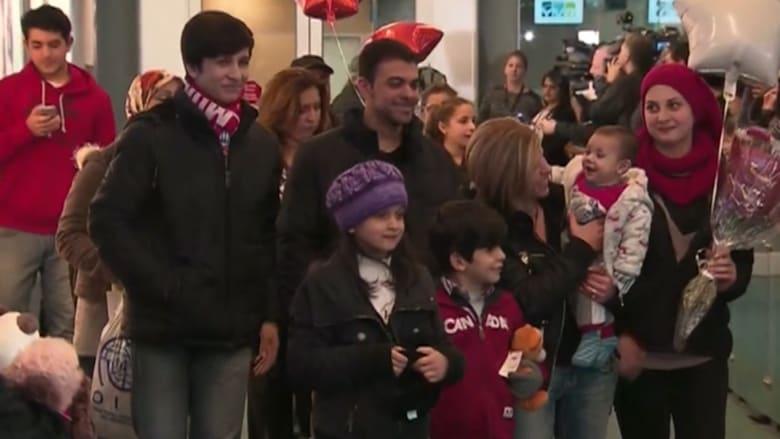 شاهد.. استقبال أقارب الطفل السوري آلان الكردي في كندا بعد منحهم حق اللجوء