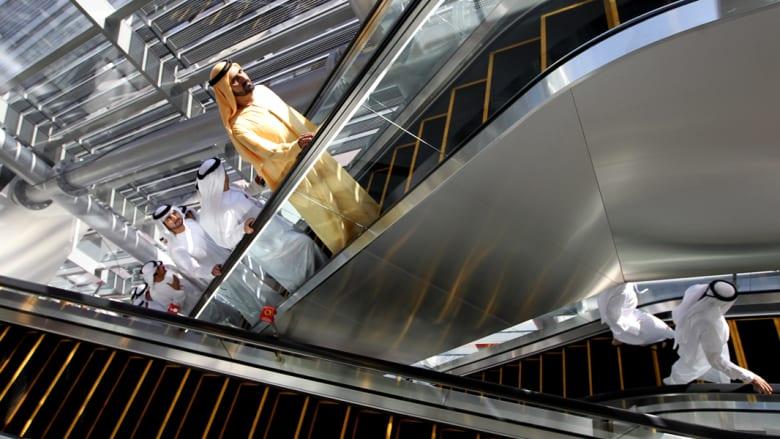 حاكم دبي يصل لافتتاح المرحلة الثانية لشبكة المترو في الامارة في 9 سبتمبر 2011