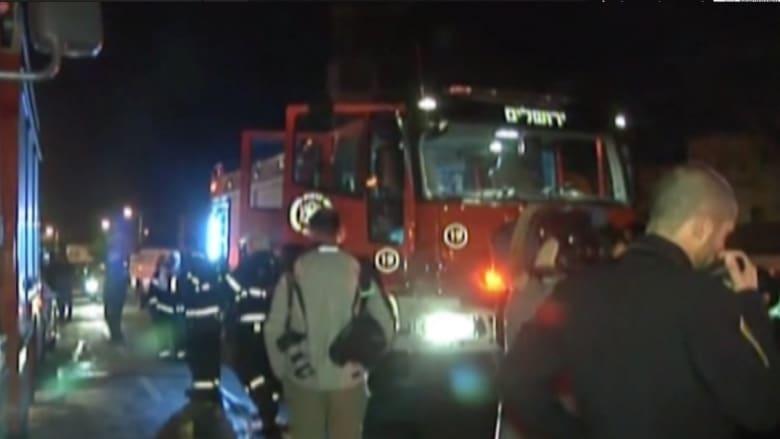 """بالفيديو: حريق في مقر منظمة """"بيتسليم"""" الحقوقية الإسرائيلية في القدس"""