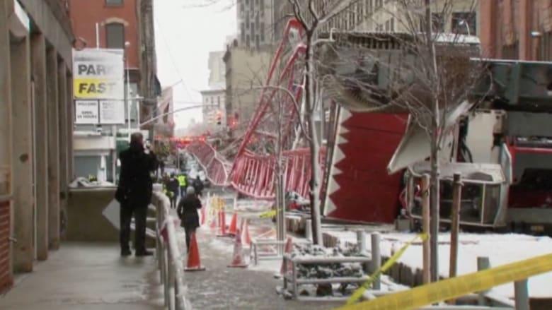 بالفيديو: مقتل شخص بسقوط رافعة عملاقة في مدينة نيويورك