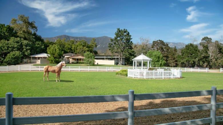 اختلس النظر داخل أحدث عقار لأوبرا وينفري..مخصص للخيول فقط
