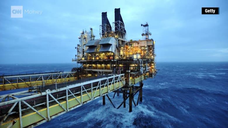 ما هي منظمة أوبك؟ وكيف أثر انخفاض أسعار النفط على المنطقة؟