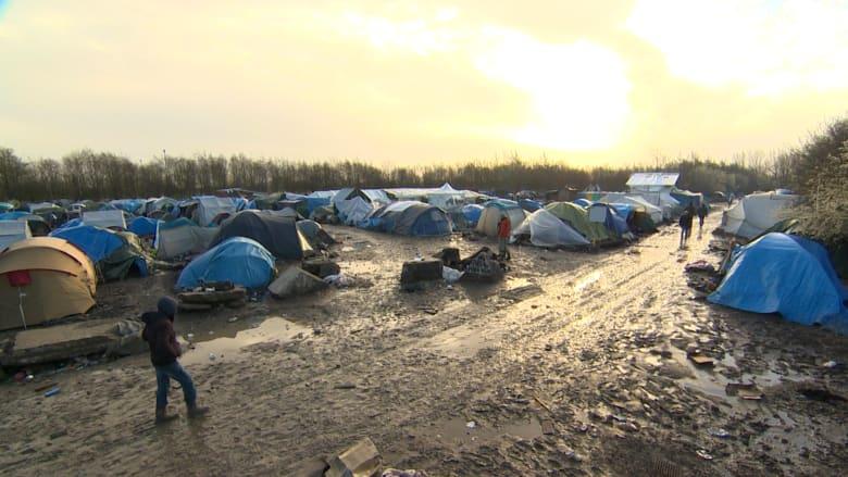 بالفيديو: أحلام اللاجئين في أوروبا تُدمر بمخيمات سيئة الظروف وسط وحول الشتاء