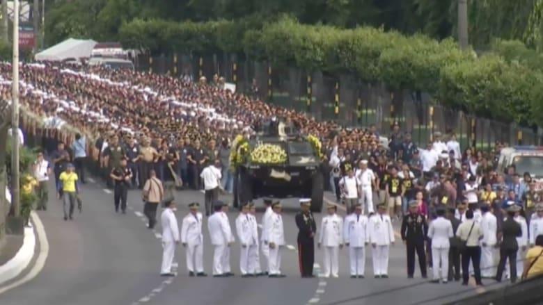 """بالفيديو: احتفالات في الفلبين بمرور 30 عاما على ثورة الشعب في """"الزمن الأليم"""""""