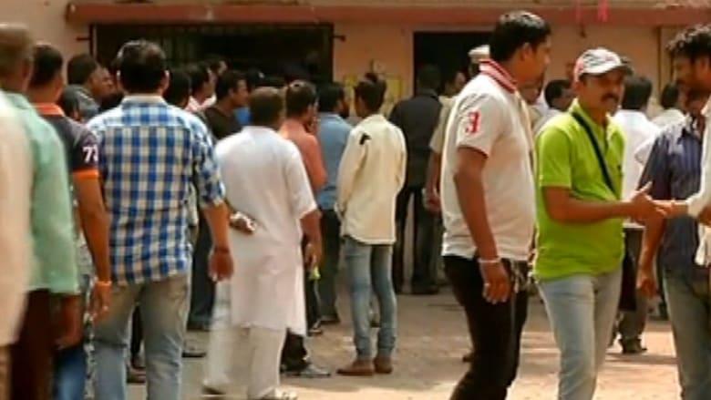 بالفيديو: هندي يذبح 14 فرداً من عائلته بينهم 8 أطفال بسكين قبل أن ينتحر