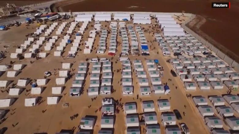 بالفيديو: مجموعات إغاثة تركية ترسل مساعدات للاجئين سوريين على الحدود