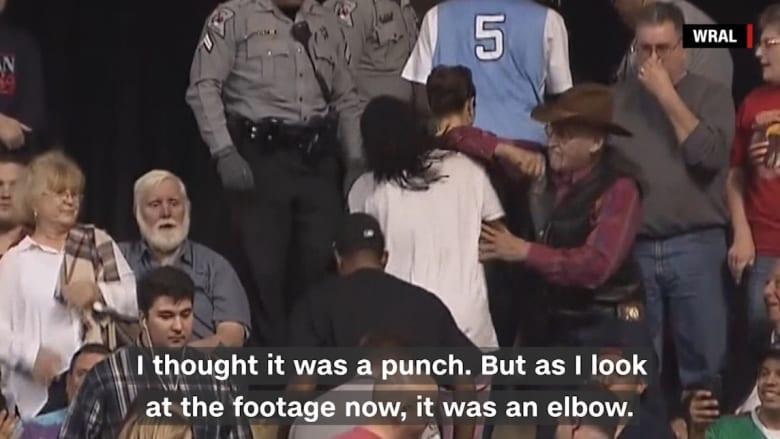 شاهد.. مسن أبيض يعتدي على متظاهر أسود وترامب يدافع عن المتهم ويأمر بمساعدته