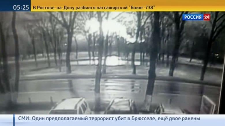 """شاهد.. لحظة تحطم طائرة تابعة لـ""""فلاي دبي"""" في روسيا"""