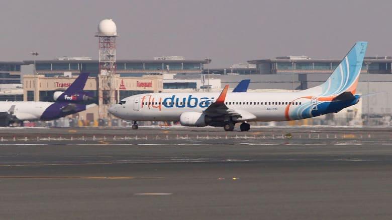 """بالفيديو.. """"فلاي دبي"""" تؤكد تحطم طائرة الرحلة رقم FZ981 ومركز الطوارىء الروسي: أغلب الضحايا من الروس"""