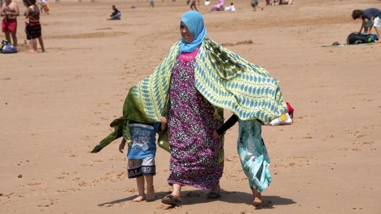 مغاربة يحتفلون على الشبكات الاجتماعية بأمهاتهم في عيدهن السنوي
