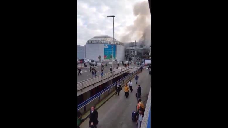 بالفيديو: هلع الحشود المغادرة لمطار بروكسل بعد التفجيرات