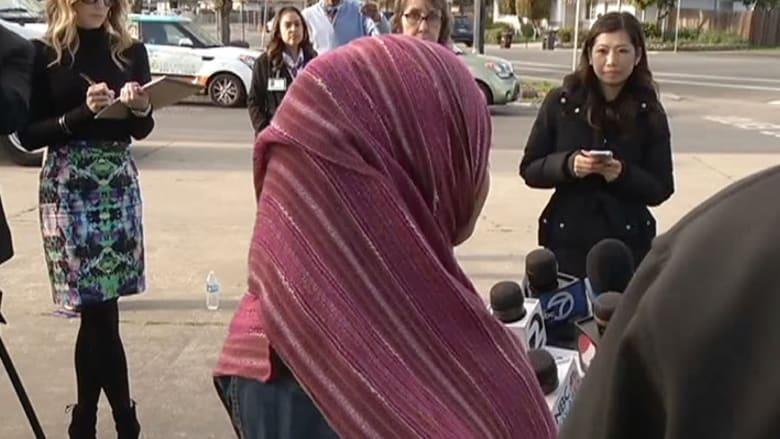 بالفيديو.. طالبة مسلمة في أمريكا تتعرض للاعتداء بسبب حجابها: الإرهاب لا يمثلني