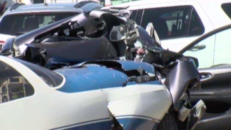 بالفيديو: حادث جو-أرض.. طائرة تصطدم بسيارة في ولاية كاليفورنيا