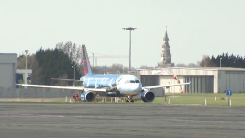 بالفيديو: أول طائرة تغادر مطار بروكسل بعد عودته للعمل جزئيا وسط إجراءات أمنية مشددة