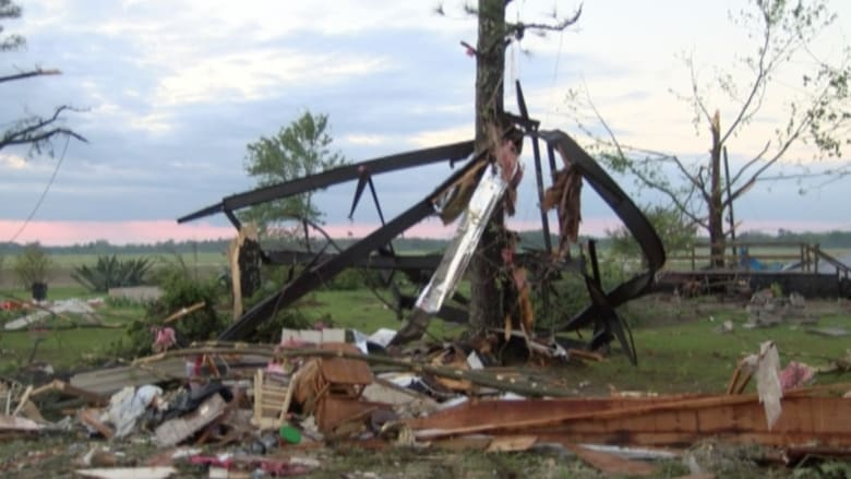 بالفيديو: إصابات وأضرار في إعصار بولاية جورجيا الأمريكية