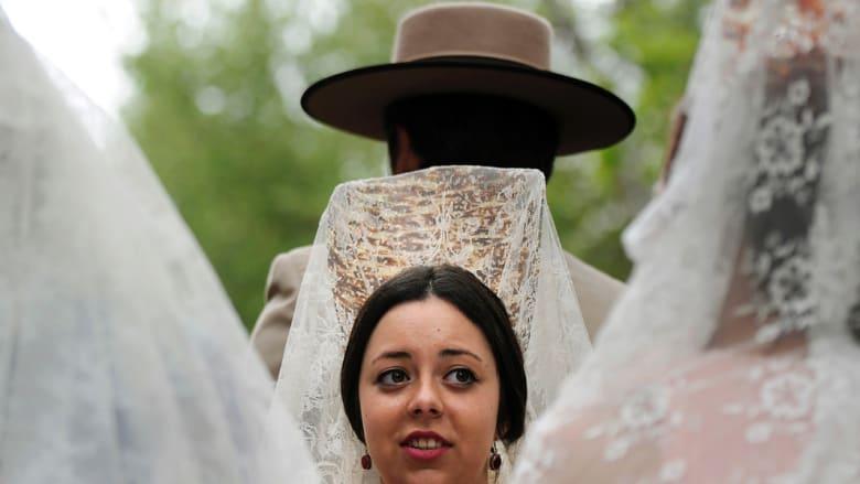 بين الجمال والأناقة.. هكذا تحتفل أسبانيا بتاريخها