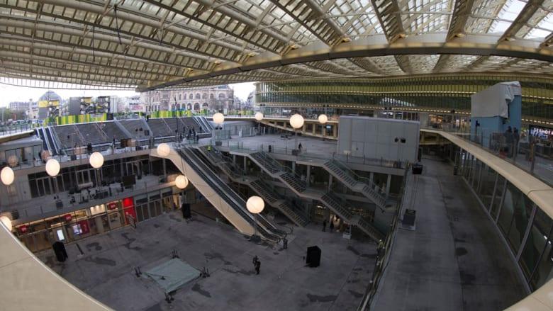 """بالصور.. شاهدوا """"La Canopee"""" أي """"مظلة"""" باريس.. مشروع مستوحى من النباتات"""