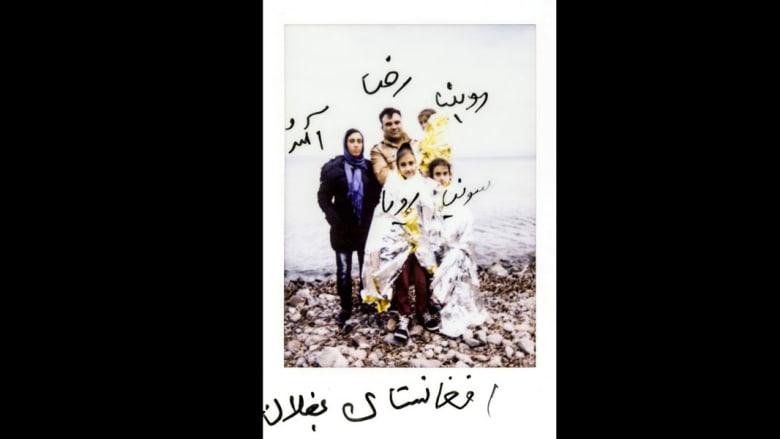 مصورة فوتوغرافية توصل رسائل اللاجئين بطريقتها الخاصة