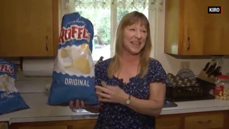 شاهد.. هوسها برقائق البطاطس أنقذها من السرطان